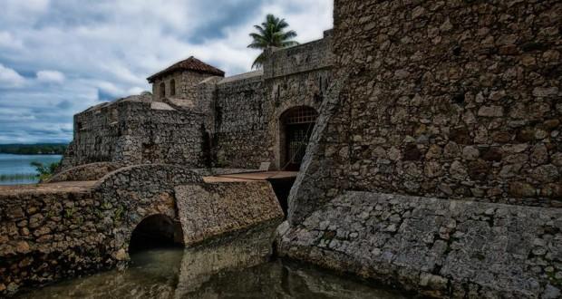 Castillo de San Felipe de Lara foto por Waseem Syed Fine Art Photography. 620x330 - El Castillo de San Felipe de Lara y los piratas