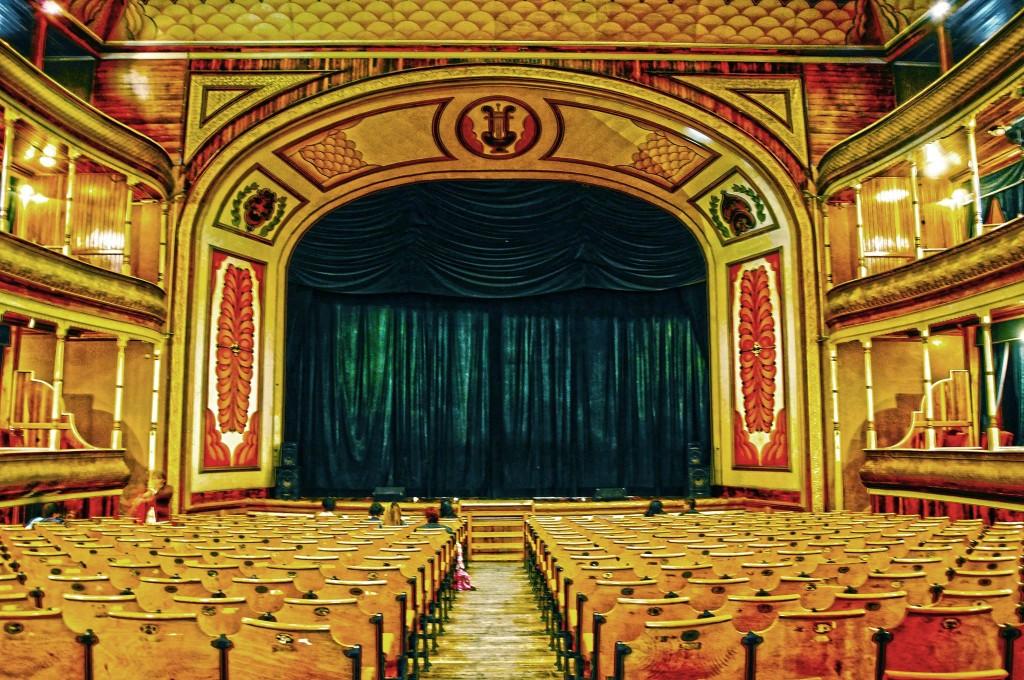 Teatro Municipal de Xela - foto por Bena F.O.G.