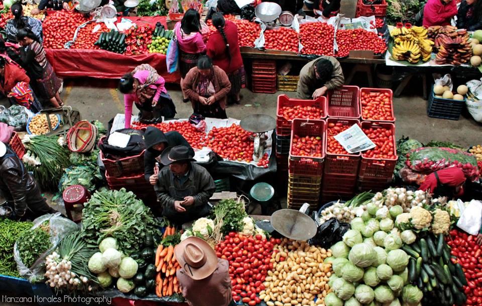 Mercado Central en Santo Tomás Chichicastenango, El Quiché - foto por Manzana Morales Photography