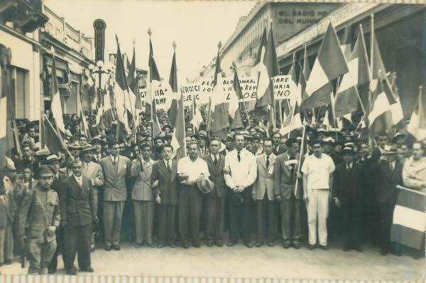 Iimagen de la revolución de 1944 foto por tercerainformacion.es  - La Revolución del 20 de Octubre de 1944