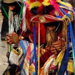 Cofrades haciendo una oración antes de subir al Palo Volador en Cubulco, Baja Verapaz. German Velásquez