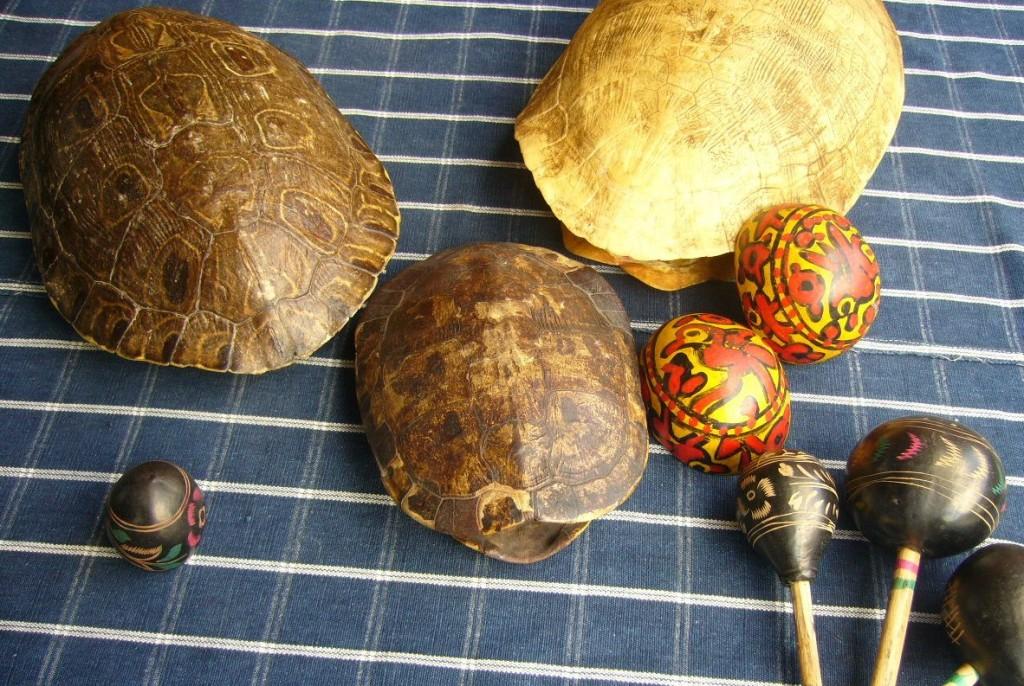 Chinchines y caparazones de tortuga parte de las tradicionales posadas guatemaltecas. Fotografía de Facebook Hecho en Guatemala. 1024x686 - Las tradicionales Posadas de Navidad