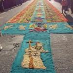 Alfombra en Coban foto por Oscar Chun 150x150 - Galería - Fotos de las Tradicionales Alfombras de la Cuaresma y Semana Santa