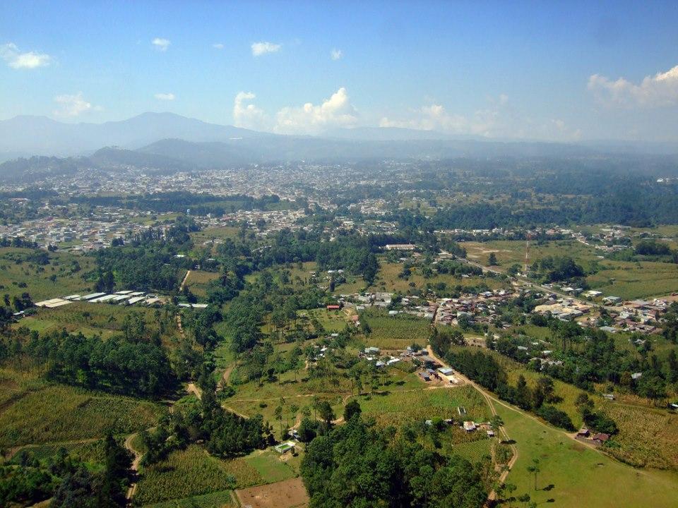 Chimaltenango vista aerea del valle foto por Jonathan Boarini - El Origen del departamento de Chimaltenango