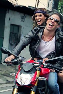 Video Musical – Ale Mendoza con la canción, Solamente Tu