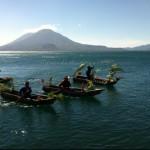 Baktun 13 desfile de kayucos adornados foto por Eduardo Rodriguez 150x150 - Galería – Fotos de la Celebración del Baktún 13, Guatemala 2012
