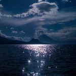 Lago de Atitlan foto por Maria Regina Paiz 150x150 - Galeria - Fotos del Lago de Atitlán