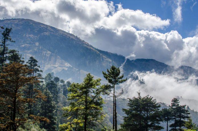 La Sierra de los Cuchumatanes, Huehuetenango - foto por Hector Lopez
