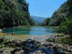 Vista desde los manantiales de Semuc época seca 300x225 - Guía Turística - Semúc Champey, Alta Verapaz