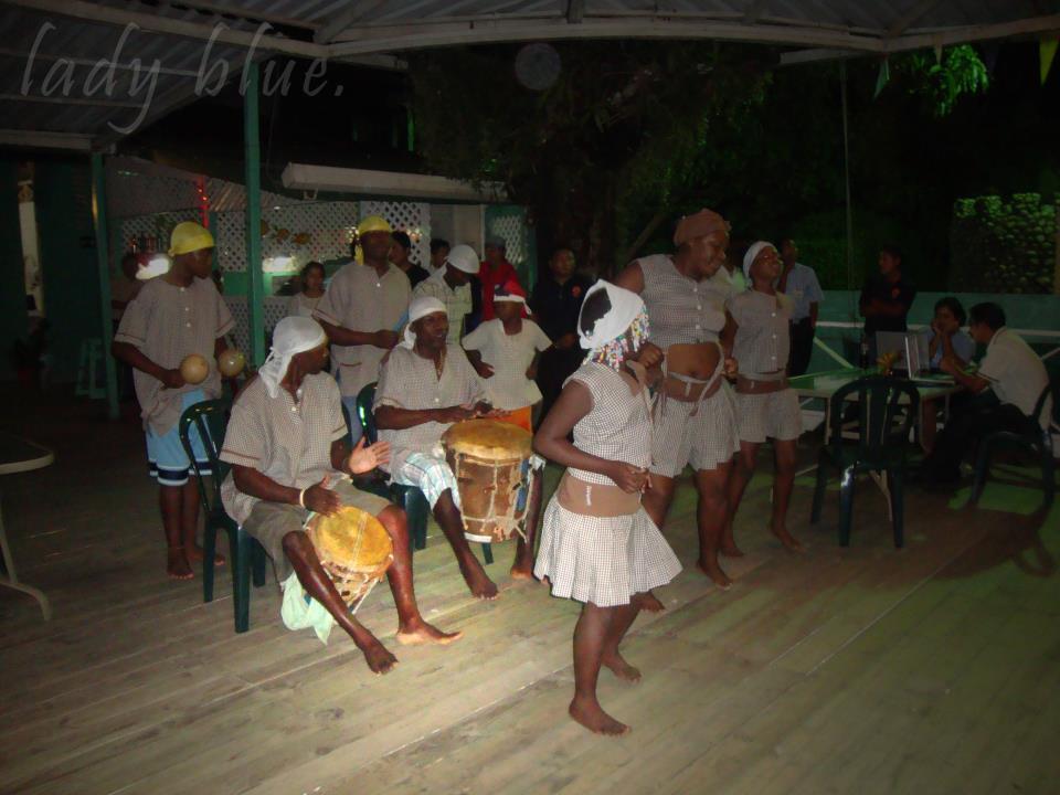 Garifunas Celeste Mayorga - Los Idiomas de Guatemala