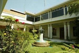 MC Casa Presidencial archivo PL 300x204 - De visita por la Casa Presidencial