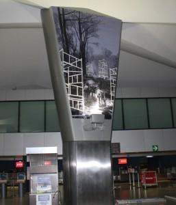 Norman Morales Proyecciones 257x300 - Las Obras de Arte del Aeropuerto La Aurora