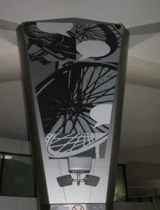 Pina Pinetta Diálogo Introspectivo 229x300 - Las Obras de Arte del Aeropuerto La Aurora