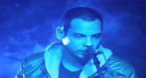 Video Musical – Viento en Contra con la canción Quiero Volver