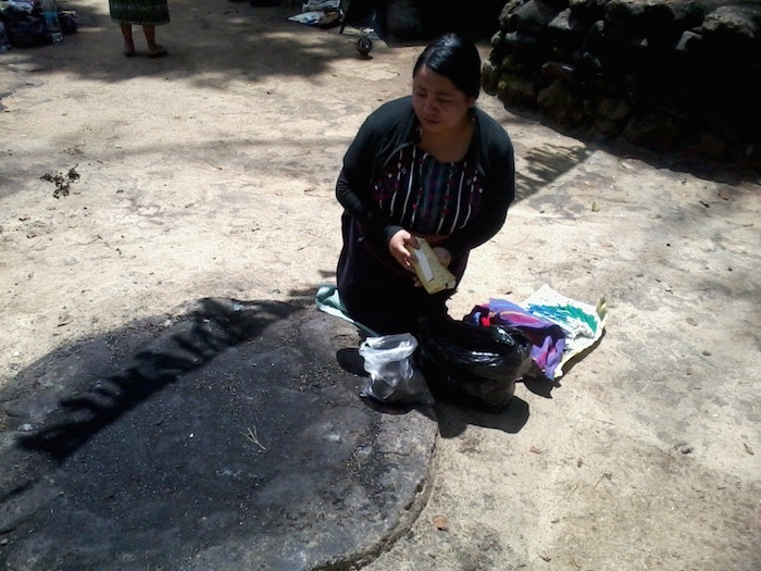 Ceremonias Mayas en Iximché 4 mundochapin - Guía Turística - Ceremonias Mayas en Iximché