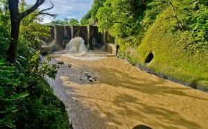 Agua Santa Santa Rosa foto por Hector Lopez 300x186 - Galeria - Fotos de Guatemala por Hector Lopez Cruz
