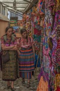 Los colores en la cultura guatemalteca foto por Carlos Villegas 200x300 - Galería - Fotos de Guatemala por Carlos Villegas