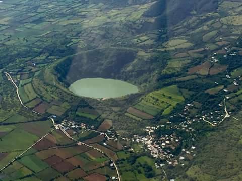 laguna-el-hoyo-monjas-jalapa-foto-jose-alberto-montenegro