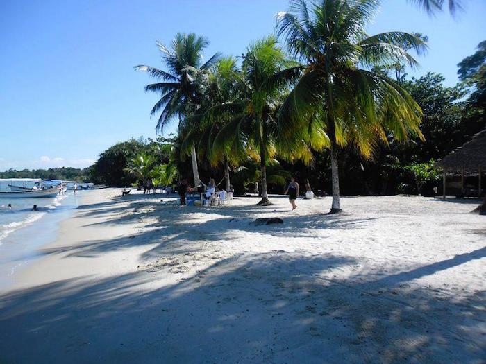 Playa Blanca, Izabal - foto por Yuri Contreras
