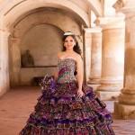 Vestido con tejidos tipicos de Guatemala por Ernesto Gonzalez de casa de modas Fazz modelo Daniela Valdez Muralles 2 foto por Carlos Cordon 150x150 - Galería de Fotos de Guatemala por Carlos Cordón
