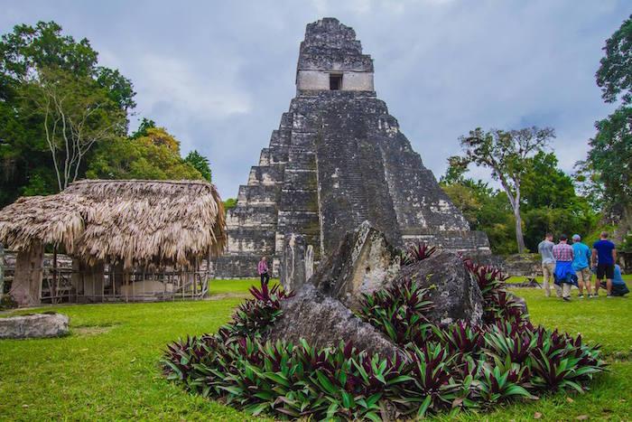 El Gran Jaguar Tikal foto por Richard de la Roca - 5 rankings de lo mejor de turismo en Guatemala