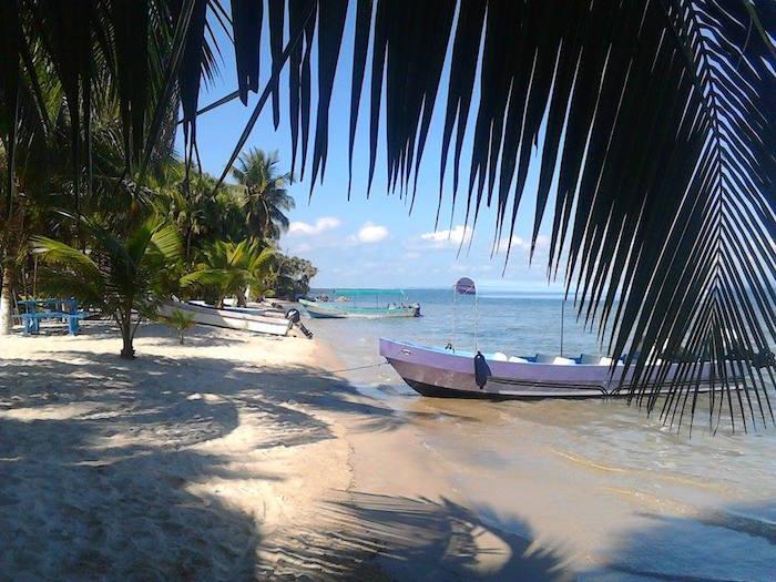 Playa Blanca Livingston Izabal foto por Ecliserio Chajon - 5 rankings de lo mejor de turismo en Guatemala