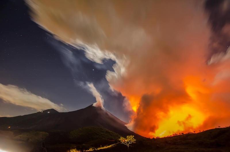 Erupción del volcán de Pacaya - foto por Hector Lopez Dynamics