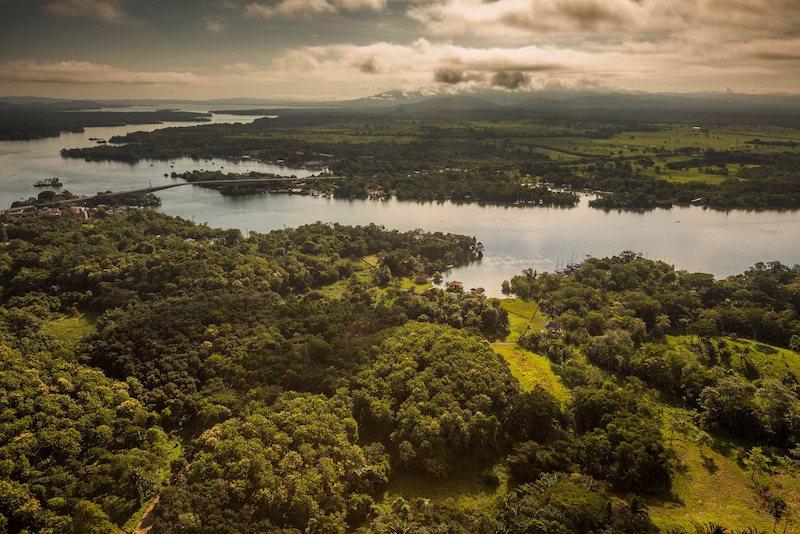 Río Dulce, Izabal - foto por Ivan Castro