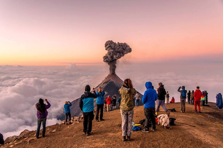 volcan de fuego foto por jose carlos diaz - Guía de los volcanes de Guatemala