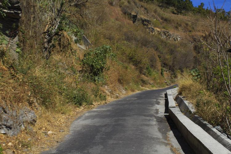 10 camino hacia arriba - Un recorrido por el Paseo del Lago Amatitlán