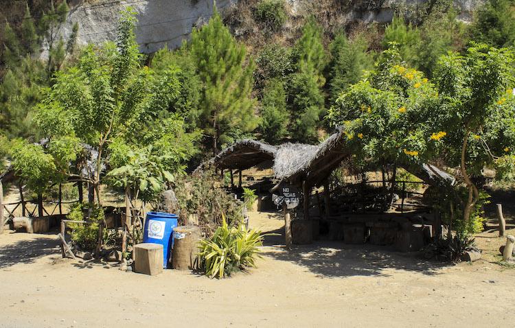 2 churrasqueras - Un recorrido por el Paseo del Lago Amatitlán