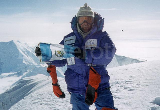 ca8411fa c804 441b a674 946e7c1b6ddc 879 586 - Jaime Viñals habla de sus expediciones en 102 países