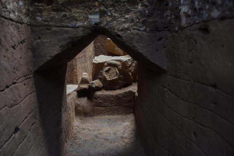 d0b91ad3 5c1b 4422 a904 626af9a1185f 749 499 - Hallazgo apunta que Tak'alik Ab'aj fue escenario de transición entre olmecas y mayas