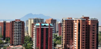 edificios 324x160 - Mundo Chapin