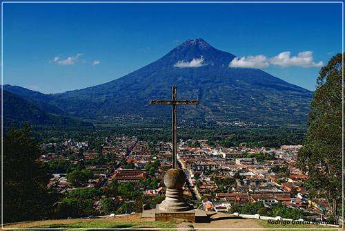 antigua volcan - Valles de Guatemala