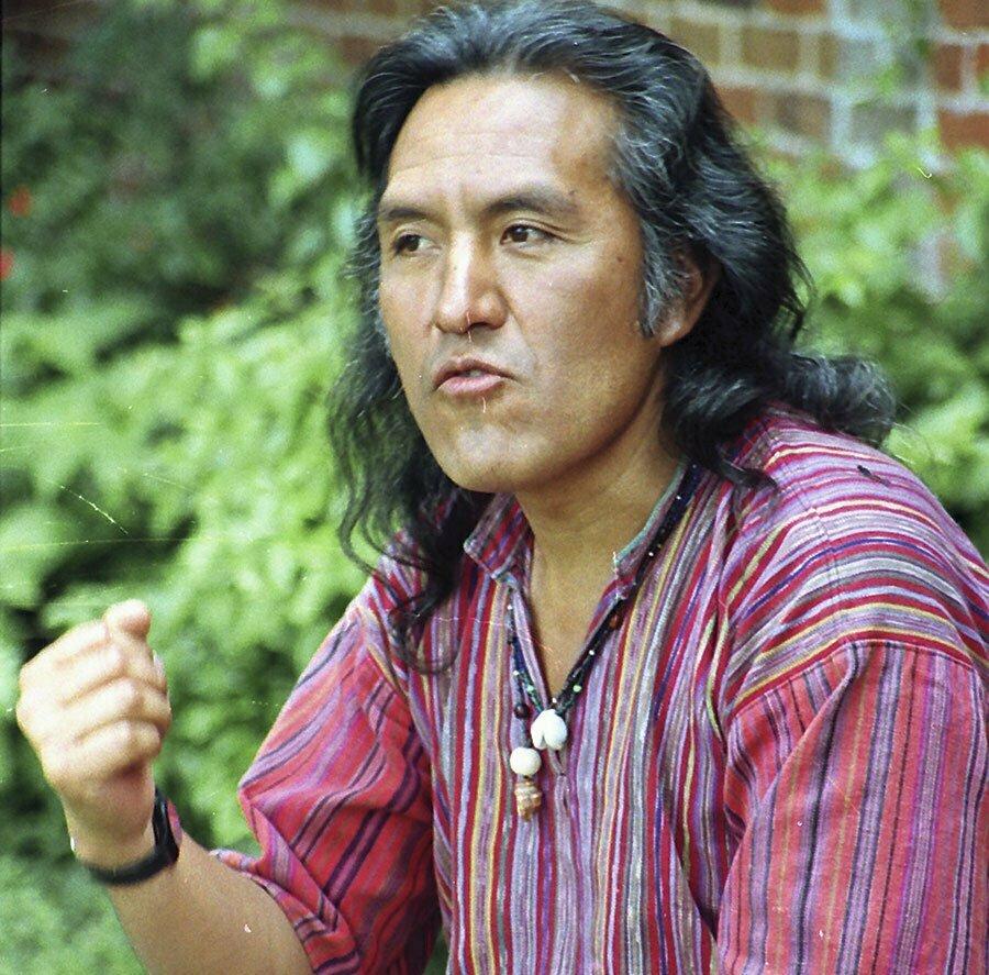 011 - 6 Autores Guatemaltecos de Origen Indígena